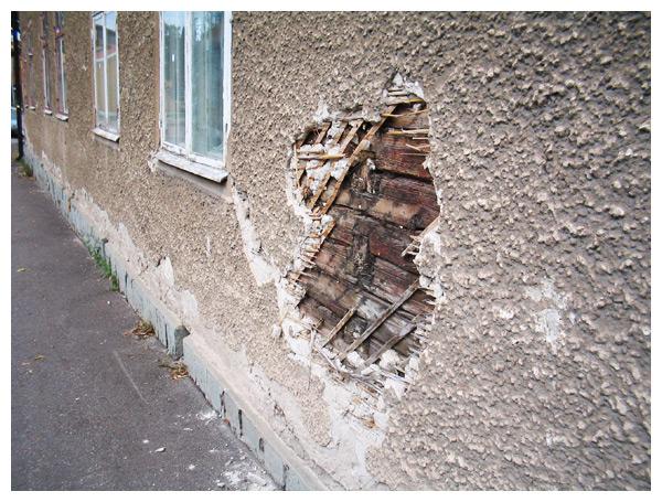 brokenwall.jpg